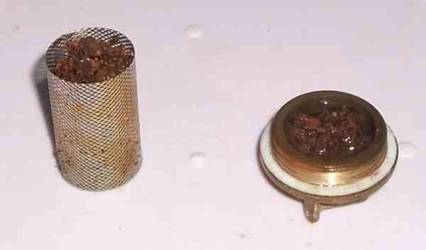 Забитый фильтр грубой очистки